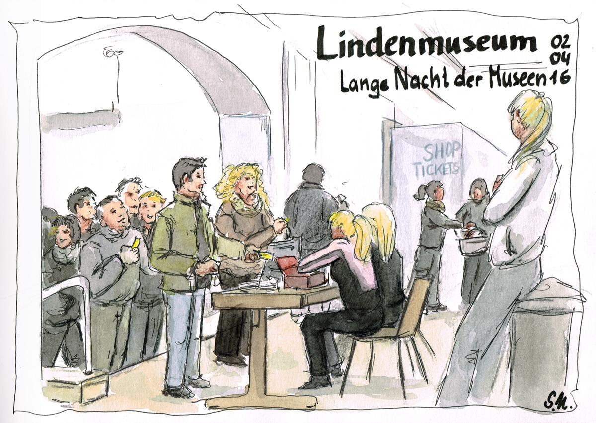 Lange Nacht der Museen - Besucherandrang im Lindenmuseum (Stuttgart)