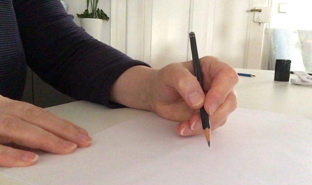 Einfach zeichnen lernen - Teil 2: Den Stift richtig halten und führen